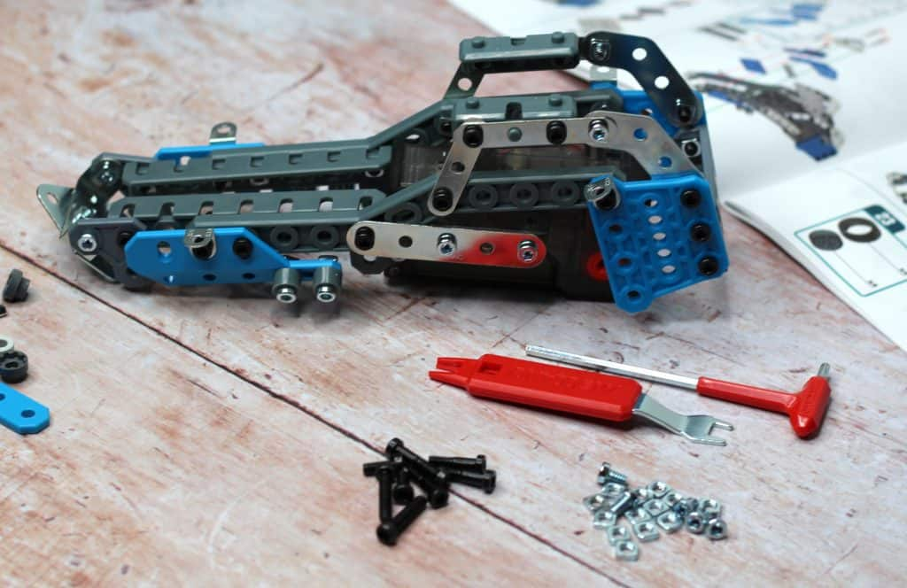 Meccano Rally Racer pieces