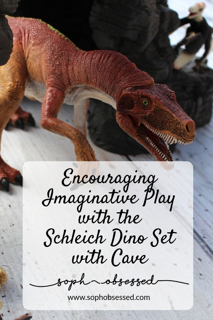 Schleich Dino Set with Cave 1